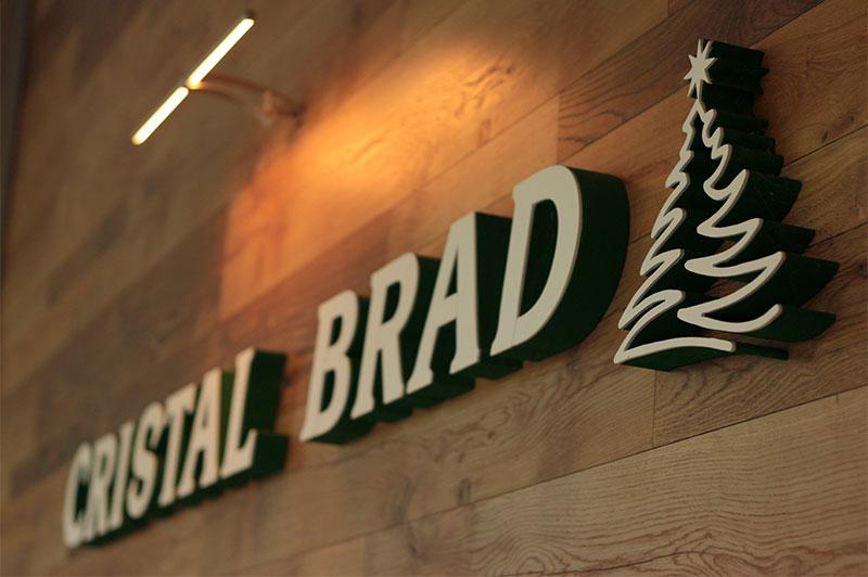 Cristal Brad